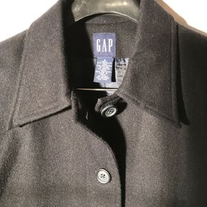 GAP Black Wool Coat in Small-Recycled wool! Small